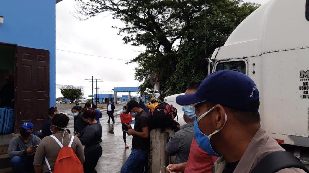 Nicas varados en Costa Rica