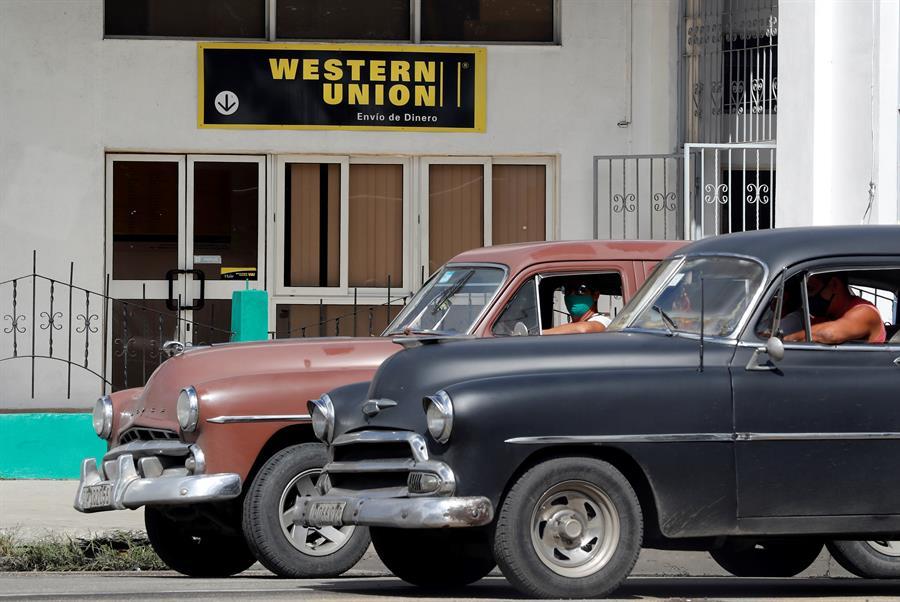 Western Union cierra en Cuba